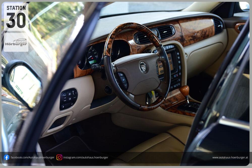 Jaguar - XJ